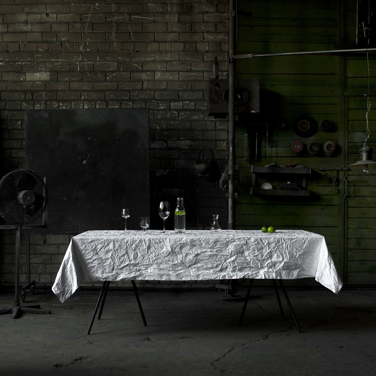 March_no-need-to-iron-table-clothr