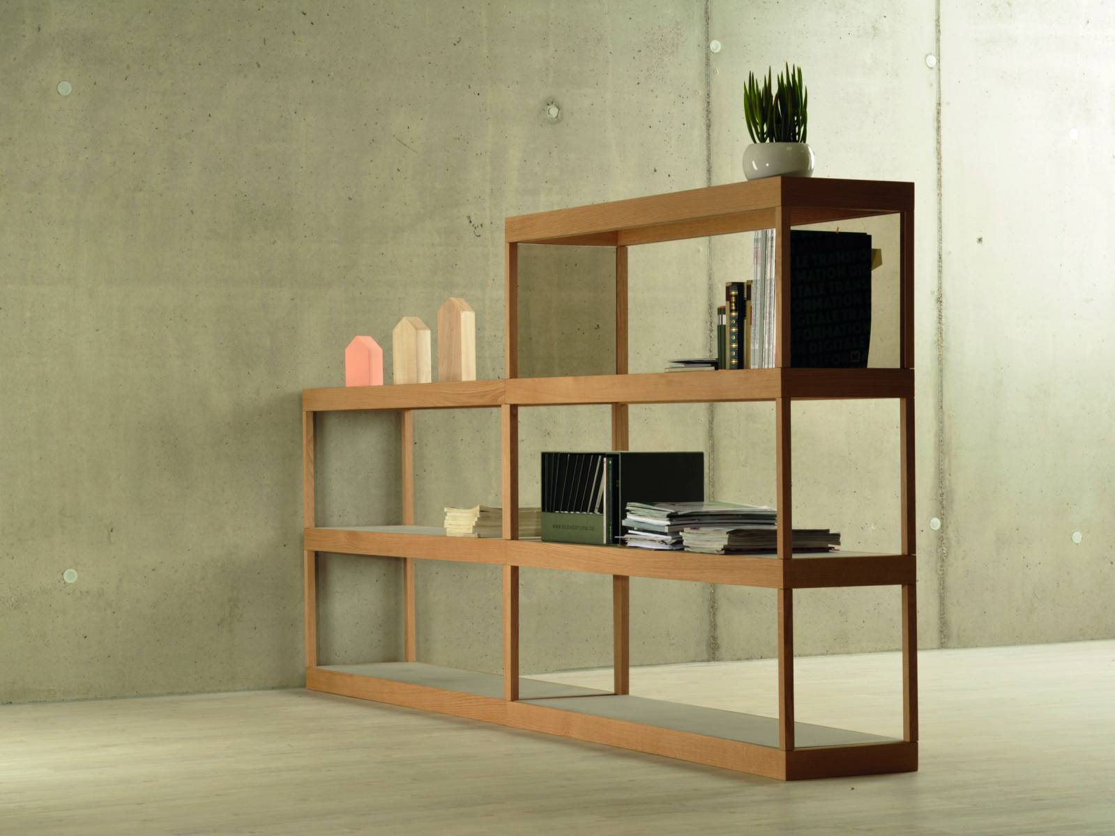 Philipp Beisheim sf-shelf.jpg